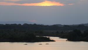 Sultanların 'günbatımı' rotasında kano turu