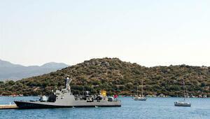 Türk hücumbotunun Kaş'taki bekleyişi sürüyor