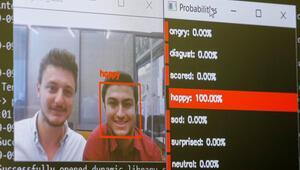 Bu robot kişinin mutlu, üzgün ya da şaşkın olduğunu söyleyebiliyor