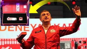 T3 Vakfı Yönetim Kurulu Başkanı Haluk Bayraktar, yerli ve milli DeneYap Yazılım Kartını tanıttı