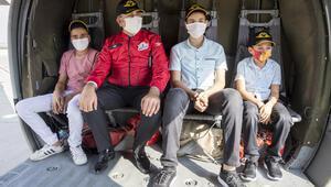 Teknofest kapsamında şehit çocukları helikopterle şehri gezdi