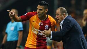 Son Dakika | Galatasaraydan orta sahaya Jorman Campuzano hamlesi Falcao bitirecek...