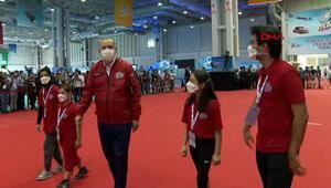 Cumhurbaşkanı Erdoğan, 2020 Teknofest Ödül  Töreninde gençleri ziyaret etti
