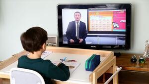 EBA canlı ders giriş: TRT EBA TV ilkokul, ortaokul, lise canlı yayın ders programı yayımlandı