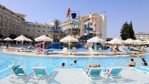 Antalyada turizm sezonu kışa uzadı