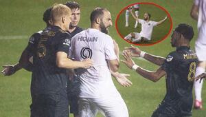 Gonzalo Higuainin MLSteki ilk maçında olay çıktı