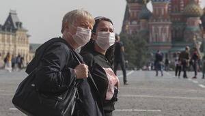 Rusya'da son 24 saatte 8 bin 135 yeni koronavirüs vakası