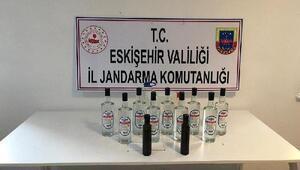 Restoran ve manavda, 11 litre kaçak etil alkol ele geçirildi