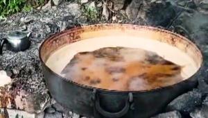 Yusufeli'ne özgü şifa kaynağı; çömlek küpte üzüm şırası
