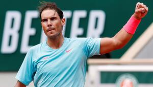 Fransa Açıkta Nadal ile Thiem üçüncü turda