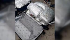 Kamyonette 52,5 kilo esrar ele geçirildi