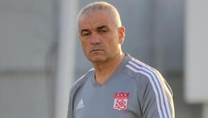Son Dakika | Sivasspor Teknik Direktörü Rıza Çalımbaydan UEFA Avrupa Ligi kura çekimi sonrası ilk açıklama
