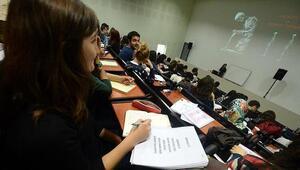 Üniversiteler ne zaman açılacak Yüz binlerce öğrenci haber bekliyor