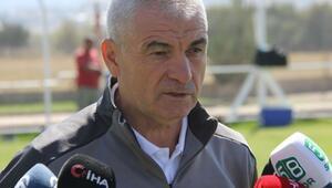Sivasspor Teknik Direktörü Rıza Çalımbaydan Avrupa Ligi yorumu