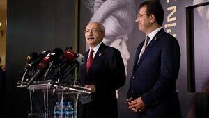 CHP Genel Başkanı Kılıçdaroğlu, Fatih Sultan Mehmet tablosunun ön gösterim programına katıldı