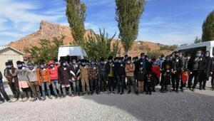 15 kişilik minibüsteki 72 kaçak göçmenden 2si havasızlıktan ölmüş
