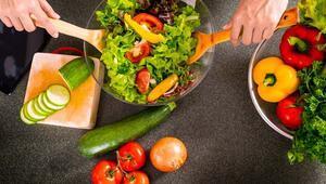 Sağlıklı Salata Nasıl Olmalı