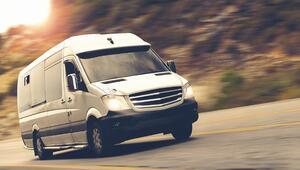 Minibüs düşüşte Van yükseliyor