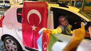 Iğdırlılar, Azerbaycan'ın, Cebrail şehrini işgalden kurtarmasını konvoy yaparak kutladı