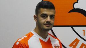 Adanaspor, gurbetçi oyuncu Berkan Fıratı transfer etti
