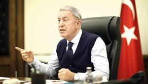Hulusi Akar: Ermenistan savaş suçu işliyor