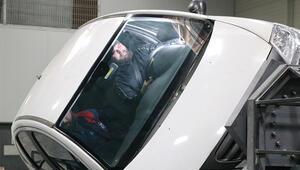 Sürücüleri eğitmek için çarpışma simülatörü yaptılar