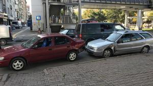 5 aracın karıştığı zincirleme kazada şans eseri yaralanan olmadı