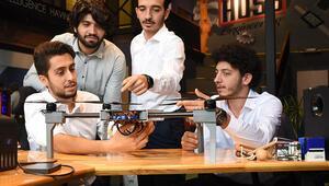 Üniversiteliler şirket kurup kişiye özel drone üretiyor... Seri üretime geçecekler