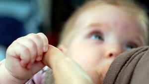 Bebeğinizin yeterli gelişimi için doğru emzirin