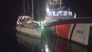 Muğla açıklarında tekneleri bozulan 150 göçmen kurtarıldı