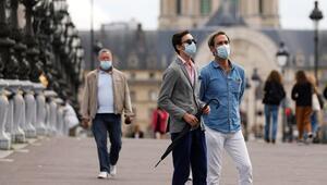 Pariste yoğun bakıma alınan her 3 kişiden biri Kovid-19 hastası