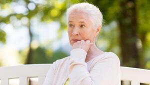 Yaşlılarda yalnızlık duygusu depresyon ihtimalini artırıyor