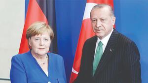 Son dakika haberler... Cumhurbaşkanı Erdoğan, Merkel ile görüştü