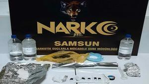 Uyuşturucu yapımında kullanılan malzemelerle yakalandı