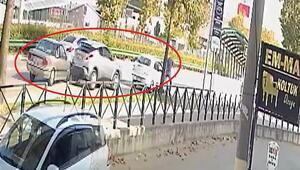 Bursada 3 kişinin yaralandığı zincirleme kaza kamerada