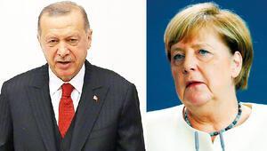 Erdoğan, Merkel ile görüştü | 'AB, Yunanistan ve Rumlara boyun eğdi'