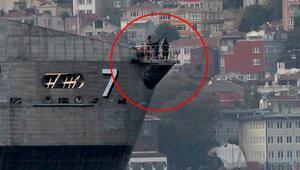 Son dakika haberler: ABD savaş gemisi İstanbul Boğazından geçti