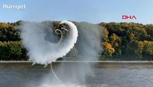 Rusyada hidro uçuş yapan kadının şovu  kamerada