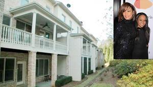 İki ünlü sahibi de üç yıl arayla ölmüştü: O ürkütücü eve cesur bir alıcı aranıyor