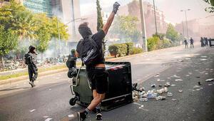 Yunanistan karıştı, Türk düşmanı parti suç örgütü sayıldı