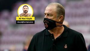 Galatasarayda değişim yarım kaldı
