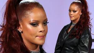 Rihanna hadisli şarkı için özür diledi