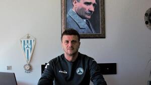Giresunspor Teknik Direktörü Hakan Keleş ilk 4 haftayı değerlendirdi