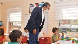 Başkan Çetin'den minik öğrencilere ziyaret