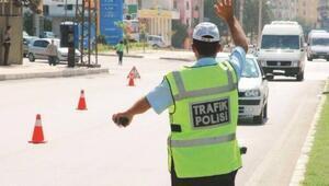 İstanbuldaki trafik denetimlerinde 135 bin sürücüye 57 milyon lira ceza