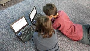 Her üç çocuktan ikisi siber tehlike altında