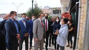 AK Partili Yel, hortumun zarar verdiği Marmara Ereğlisinde incelemelerde bulundu