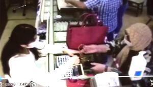 64 yaşındaki kadın, el çabukluğu ile 5 altın bilezik çaldı
