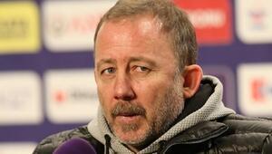 Beşiktaşta Sergen Yalçından futbolculara uyarı 10. haftayı göremeyiz...