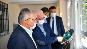 Başkan Büyükkılıç, Keykubadiye Sarayındaki kazı çalışmalarını inceledi